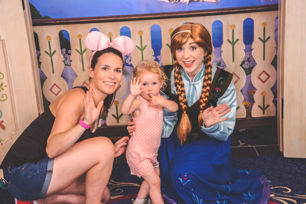 Meeting Anna at epcot